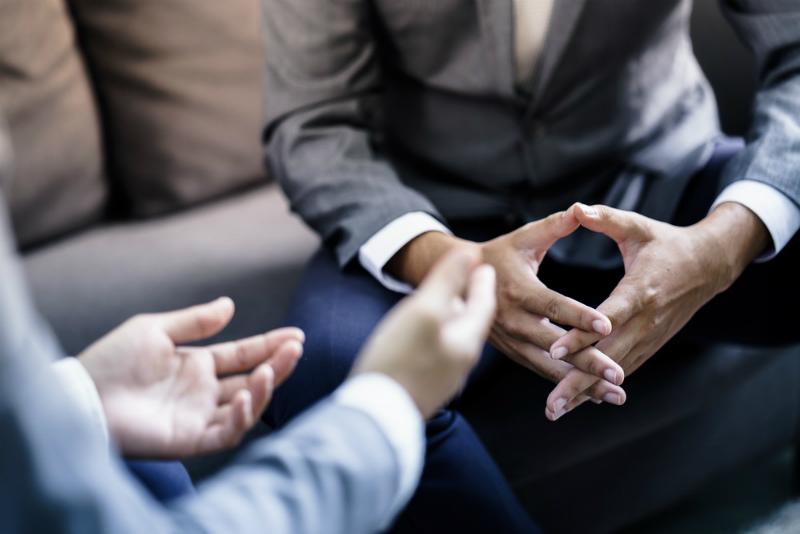 企業の花形である営業職の魅力は高収入