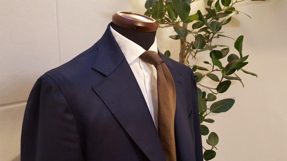 レクトゥールが自信を持って提供する「こだわりのオーダースーツ」