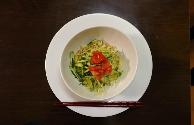 辛ラーメンアレンジレシピ「簡単ヘルシー!アボガド豆腐サラダ」の画像